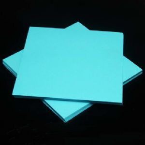 Both side colour origami, blue, 7.5cm x 7.5cm, 130 sheets, (Papers not perfectly square - sold at a discount), [ky674]